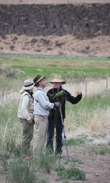 Golden Gate Audubon birders enjoying Oregon / Photo by John Tysell